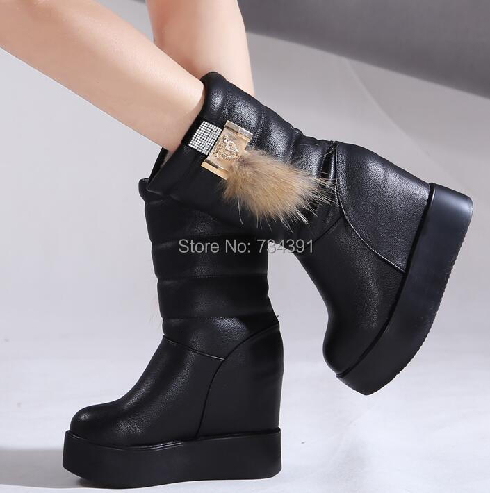 Increased within heavy-bottomed genuine leather boots women boots warm winter boots In tube metal snow boots slip women shoes(China (Mainland))
