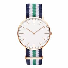Moda deportes exterior ginebra del reloj del cuarzo relojes hombres marca de lujo de Nylon Casual relogio feminino reloj de vestir