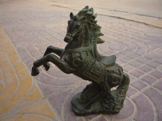 Fine old qingdynasty bronze flying horse statue sculpture