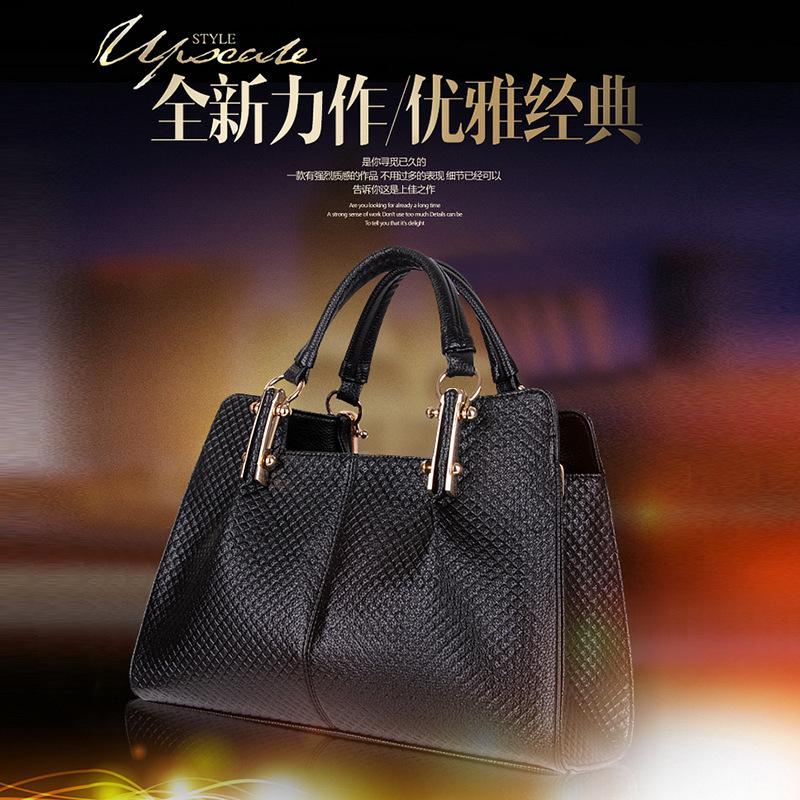 Factory outlets new European and American Fan platinum embossed high-end fashion handbags portable shoulder diagonal package inf(China (Mainland))
