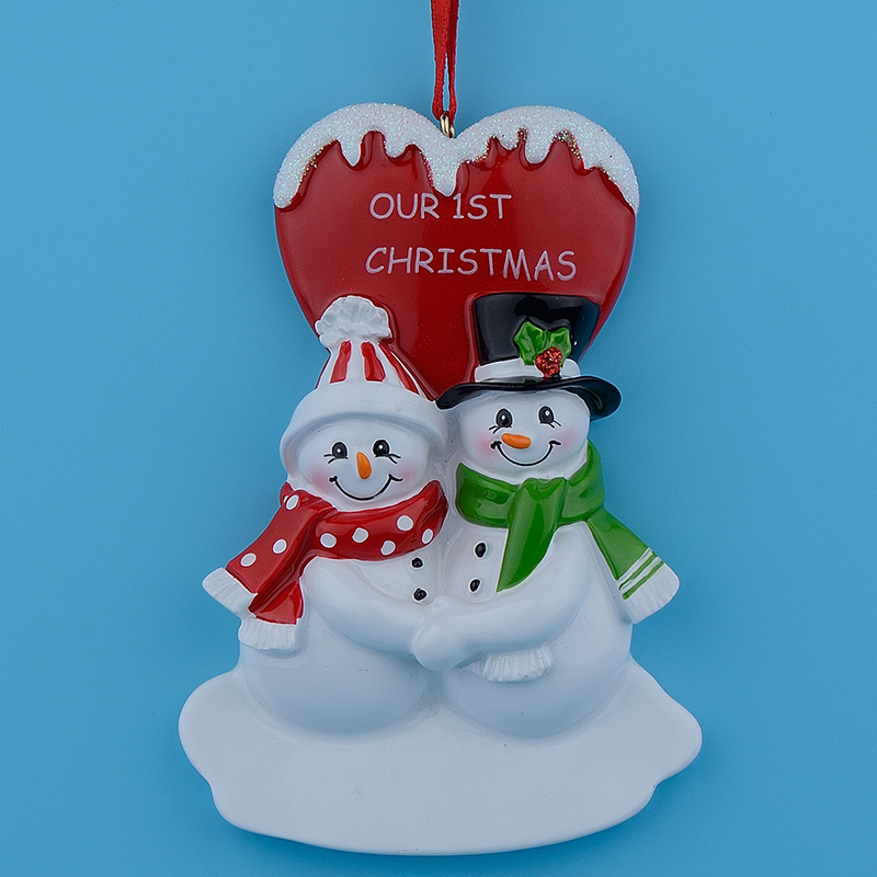 Our First Christmas Couple Snowman Resin hanging ornaments with glossy personalized heart as for gifts or for home decor(China (Mainland))