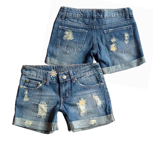 Find your pefect pair of cheap shorts for women and juniors. Tons of styles of affordable high waist shorts, denim short shorts and capris at discount prices.