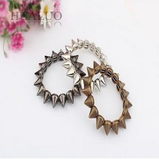 2016 Hot Sales New Fashion Hot Selling Vintage Exaggeration Punk Spike Bracelet Rivets Elastic Bracelet 88B7 88B13 88B33(China (Mainland))