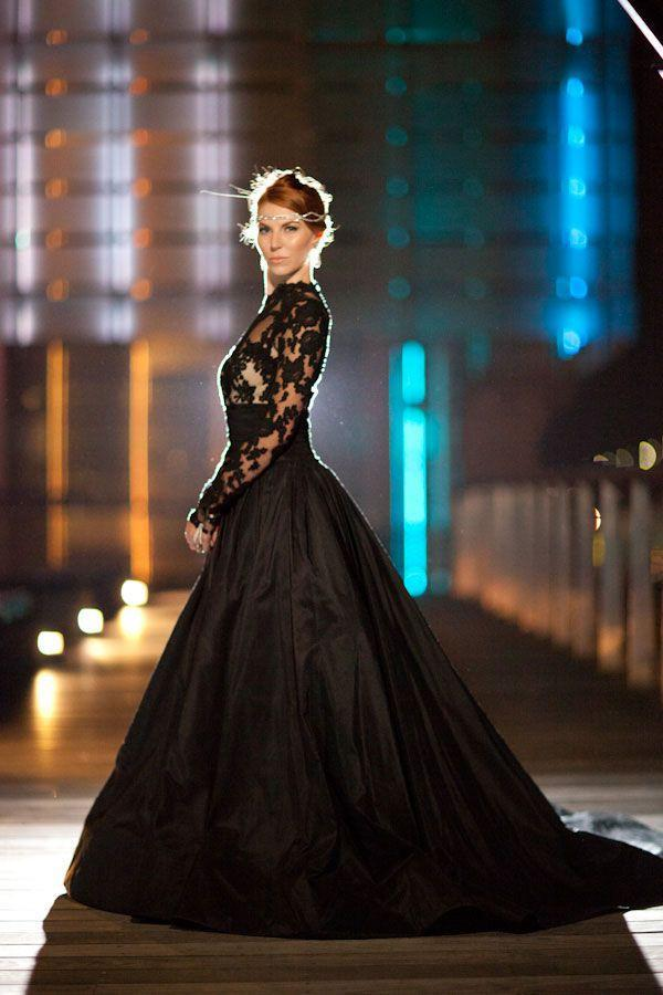 Style Long Sleeve High Neck Black Lace Wedding Dresses Bridal Gowns