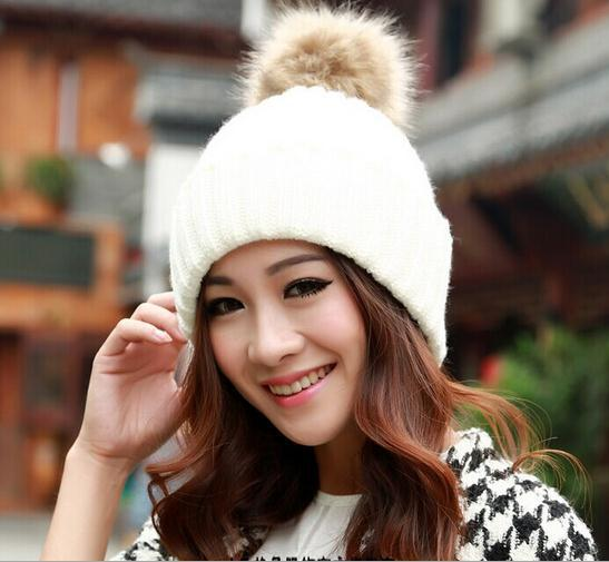 Free Shipping New High Grade Rabbit Fur Ball Decorate Hats For Women Knitted Caps For Winter 8 Colors For Choose(China (Mainland))