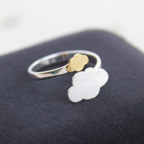Authentic S925 pure silver small pure and fresh and drawing the clouds female ring Han edition act the role ofing is tasted(China (Mainland))