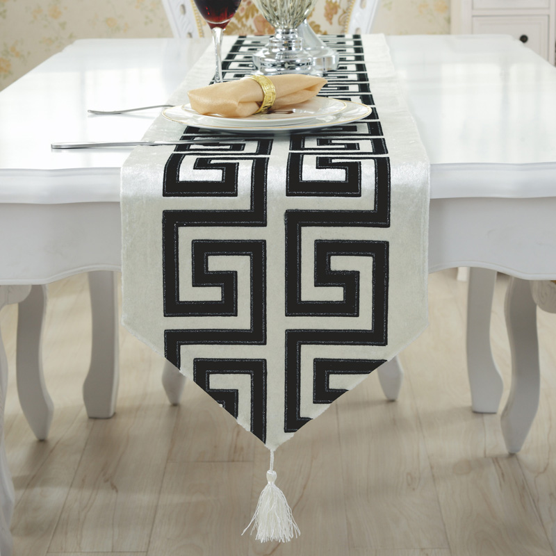 wedding decoration dining black yellow white coffee blue crochet sequin table runner bed runner(China (Mainland))