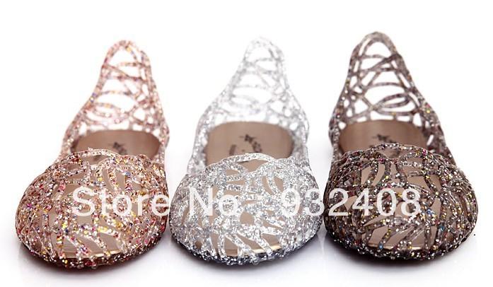 2014 summer breathable crystal bling jelly shoes cutout flat heel bird nest mesh bird nest female flat sandals(China (Mainland))