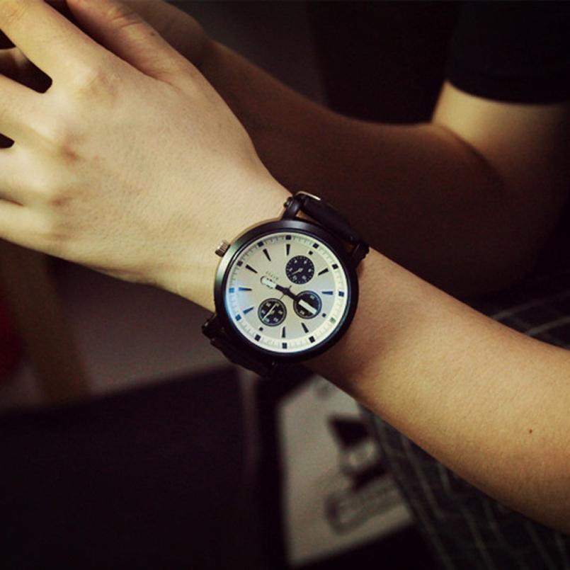 Excellent Quality Top Fashion Brand Men Women Soft Silicone Strap Quartz Watch Wristwatches for Men Women Lovers Black White<br><br>Aliexpress