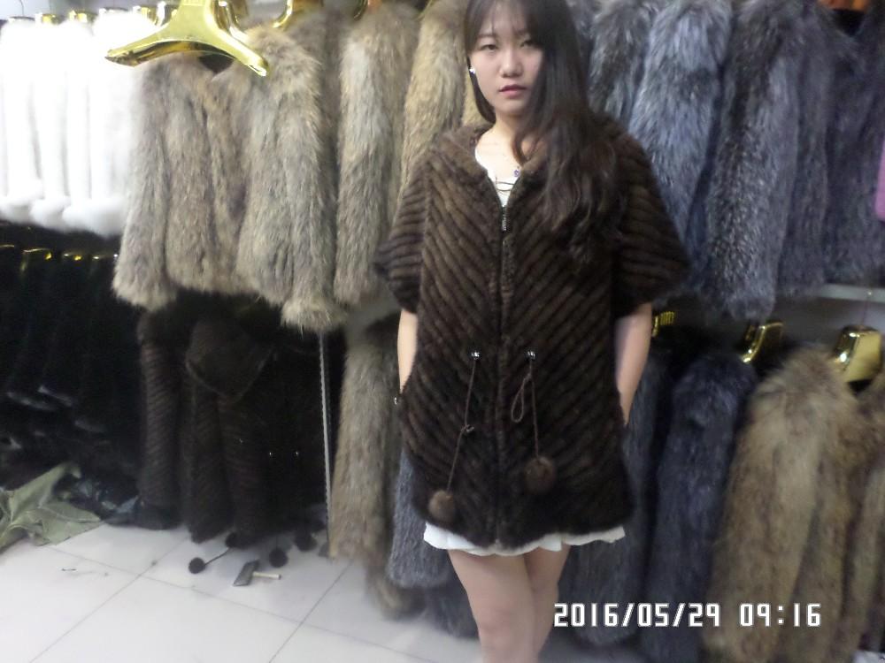 Natural half sleeve weave mink fur