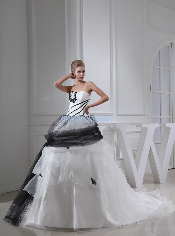 free shipping 2013 new long dress appliques custom size/color ball gown bridal dress new white and black strapless wedding dress(China (Mainland))