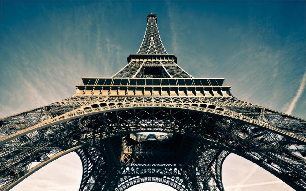 Building La tour Eiffel Eiffel Tower Paris France 4 Sizes Home Decoration Canvas Poster Print(China (Mainland))