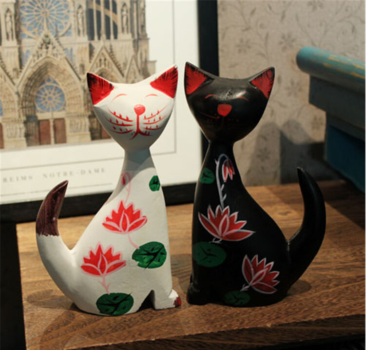 Nordic wood ornaments wood painted black and white cat ornaments / idyllic village ornaments / home decorations(China (Mainland))
