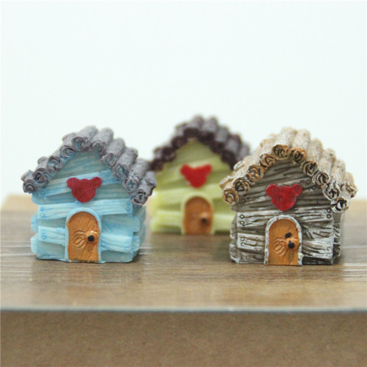 Sale 3colors Wooden House Cute 3 5 3 5 4cm Fairy Garden Miniatures Gnomes Moss Terrariums For Diy Home Decorations Accessories