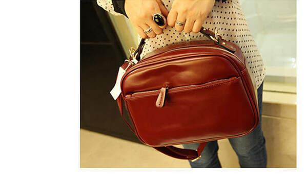 Panic buying!HOT Women patent Leather Small Box Messenger Bags Women Fashion Shoulder Bags classical black/burgundy handbag 136e(China (Mainland))