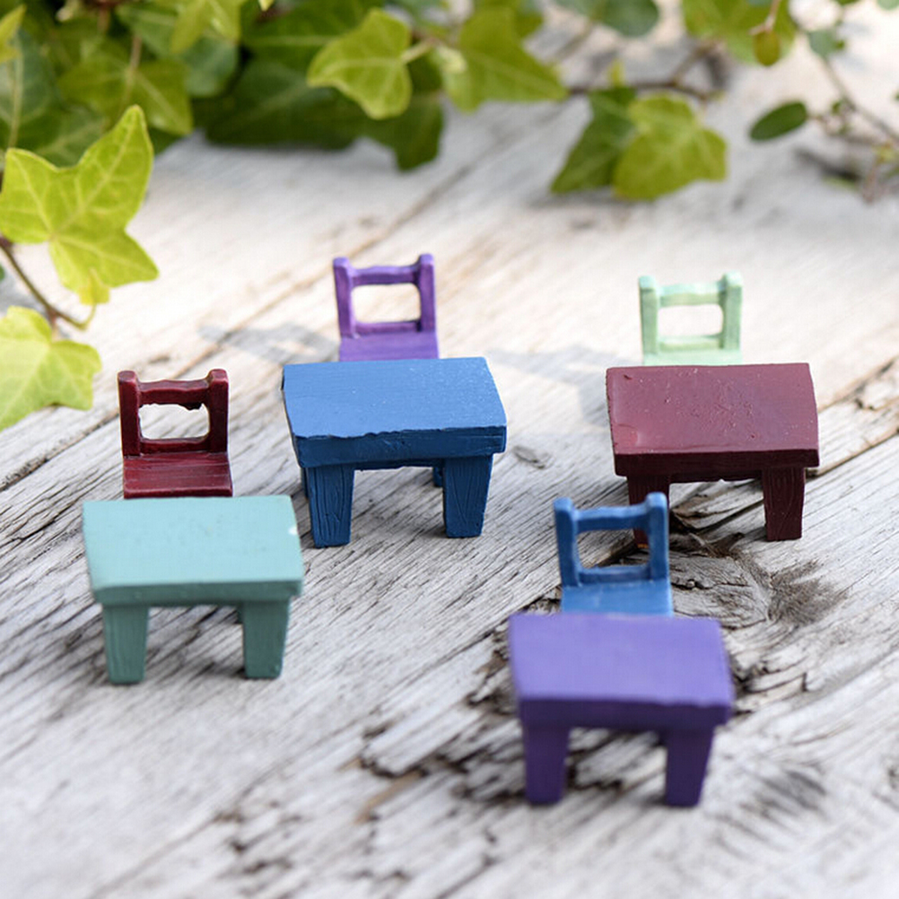 1 Pc Novelty Resin Crafts Cute Tables Chairs Furniture Figurine Mini Landscape Plant Miniatures Fairy Garden Ornaments Decor(China (Mainland))