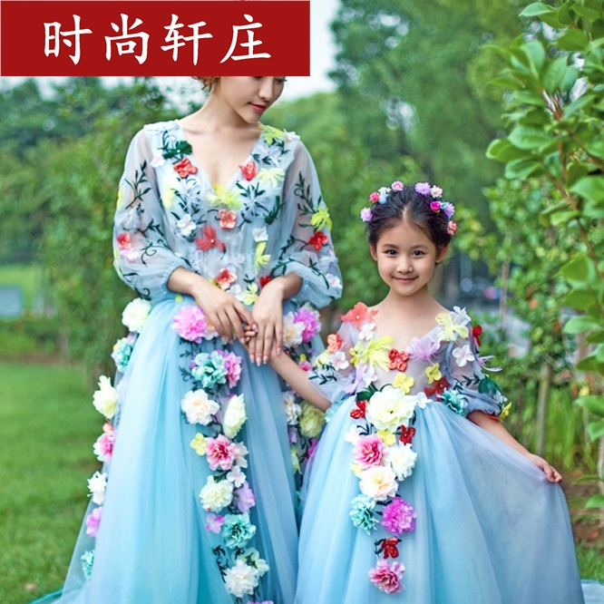 Elegant Mother and Baby Daughter Dresses Tutu Highend Grenadine Mommy and Me Dress 3D Decoration Flower mother daughter dresses <br><br>Aliexpress