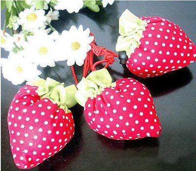 Free shipping.berry bag Cute Foldable Shopping tote,folding fruit bag ,wholesale,drop shipping