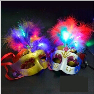 20pcs/lot LED Glowing Italy Venice Color Painting Plume Diamond Party Masks For Wedding Birthday Cosplay Festival Party Decors(China (Mainland))