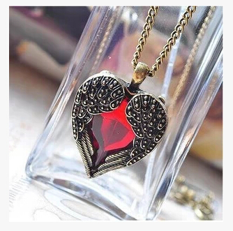 X028 Hot Sales New 2014 Fashion Vintage Wing Red Gem Heart Pendants Necklaces Women Jewelry Accessories(China (Mainland))