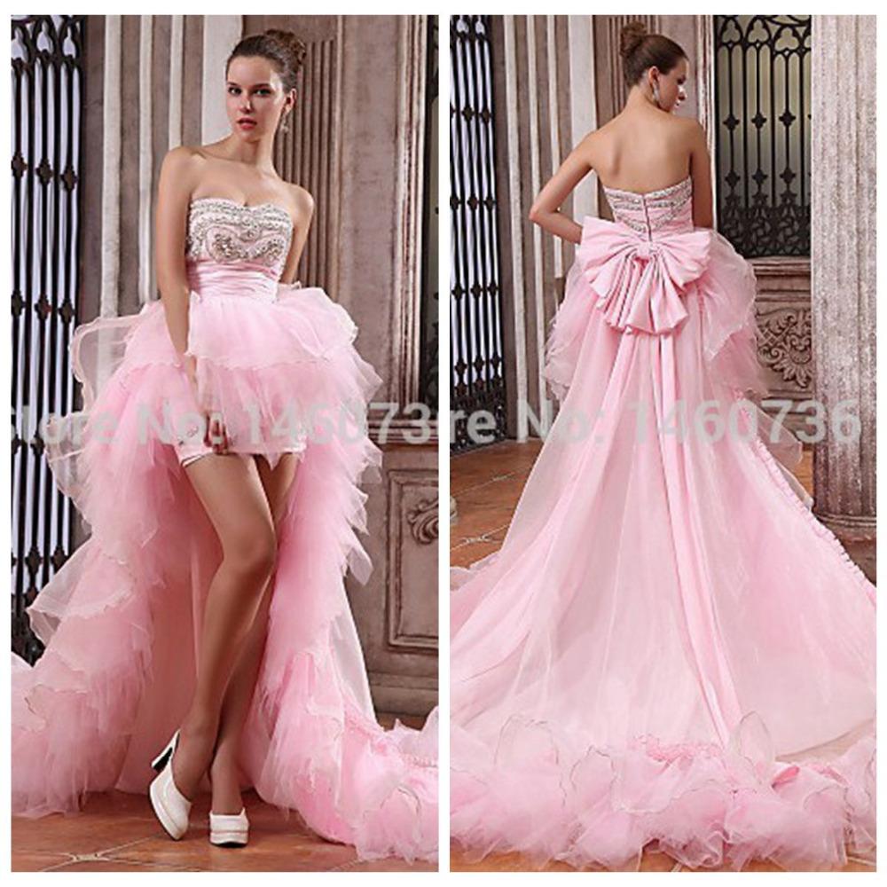 Rosa pálido con un vestido de novia de línea