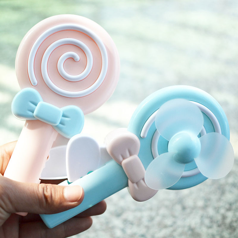 1PC Children Candy Shaped Mini Hand Operated Fan for Students Summer Cool Down Pocket Toys Kids Practical Jokes Games Presents(China (Mainland))