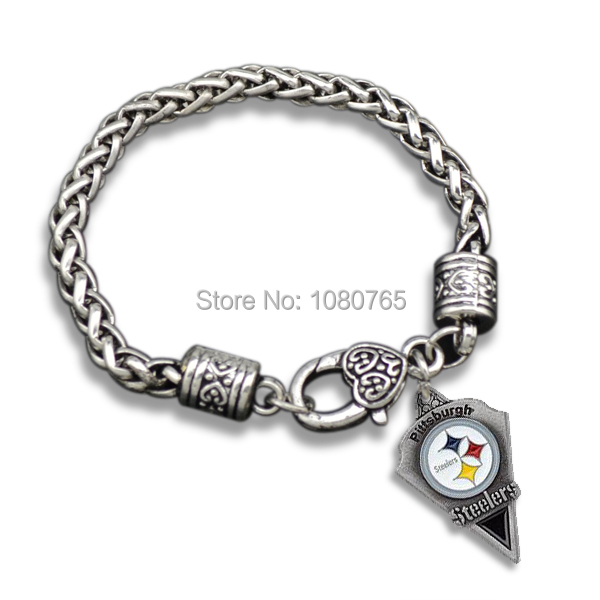 10 Pcs/Lot Antique Silver Plated Lobster Clasp Rugby Logo Pittsburgh Steelers Bracelet(China (Mainland))