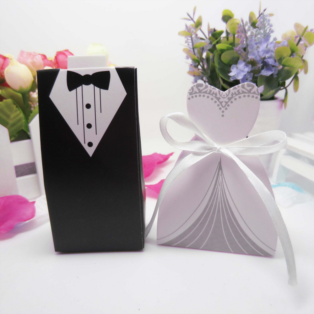 50 pcs/set Black & white Candy Gift Boxes With Ribbon for Wedding Party Favor(China (Mainland))