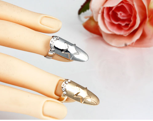 Wholesale NEW SILVER GOLD STAR DIAMANTE NAIL ART FINGER TIP RING CLAW FASHION GOTHIC PUNK(China (Mainland))