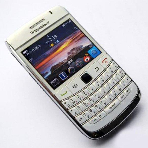 Refurbished Original Blackberry Bold 9780 Mobile Phone 5MP 3G WIFI GPS Bluetooth Qwerty Keypad 9780 Cellphone(China (Mainland))