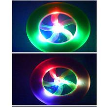 Colorful modo caldo di spin led magic toy esterni flying saucer disco frisbee ufo kid toy(China (Mainland))