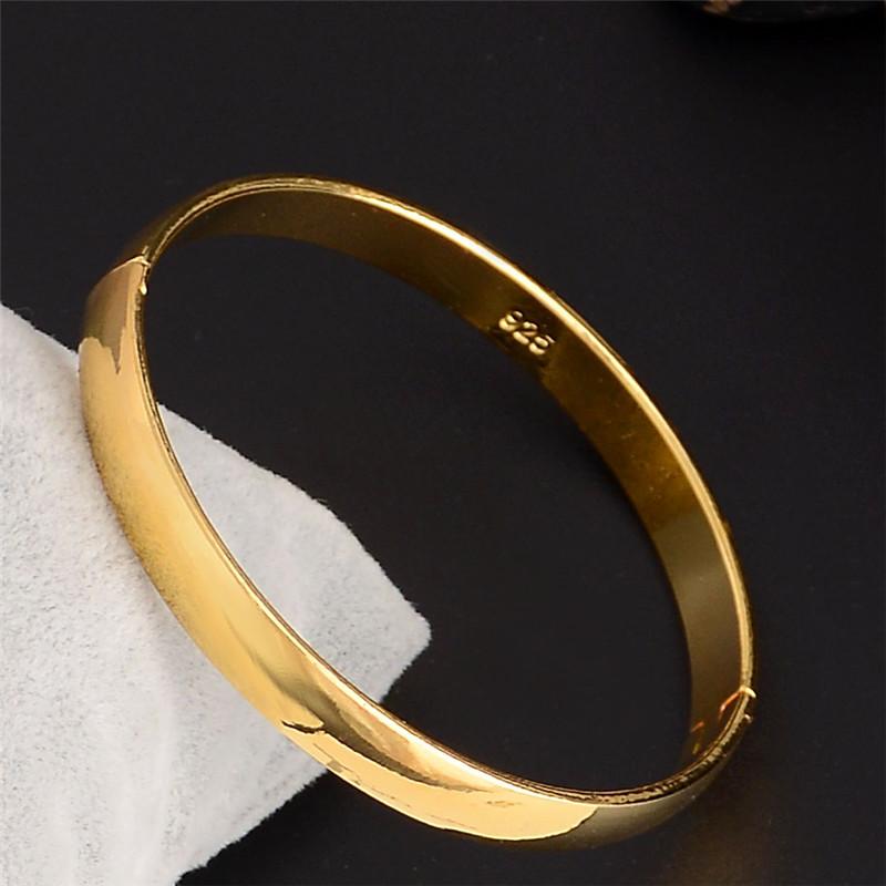 Gold Bangle Designs For Women 4 Latest Pakistani Gold Bangle ...