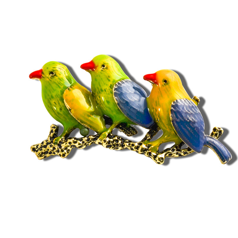 Exquisite cute bird brooches high quality delicate jewelry large rhinestone animal broches lapel pin clothing accessories X0810(China (Mainland))