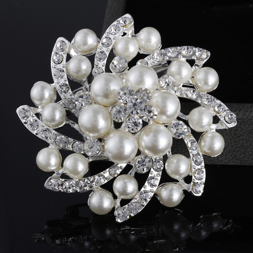 Brooch pearl brooch pins Elegant Rhinestone Silver Brooches wedding Flower Shape Alloy Pearl - Jewelry Home's store