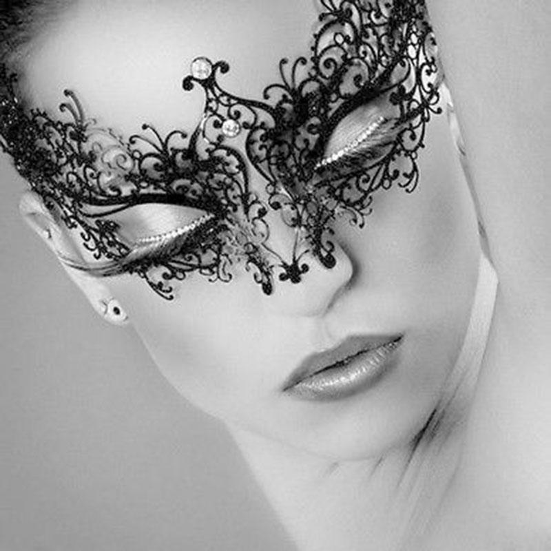 New Fashion 1pc Black Metal Party Masks Venetian Collection Filigree Rhinestones Masquerade Halloween Party Eye Mask(China (Mainland))