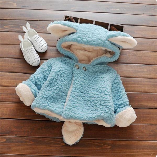 Скидки на 2016 супер милый ребенок девушки пальто мода конфеты цветов младенческая малышей wnter теплый мультфильм формы с капюшоном верхняя одежда