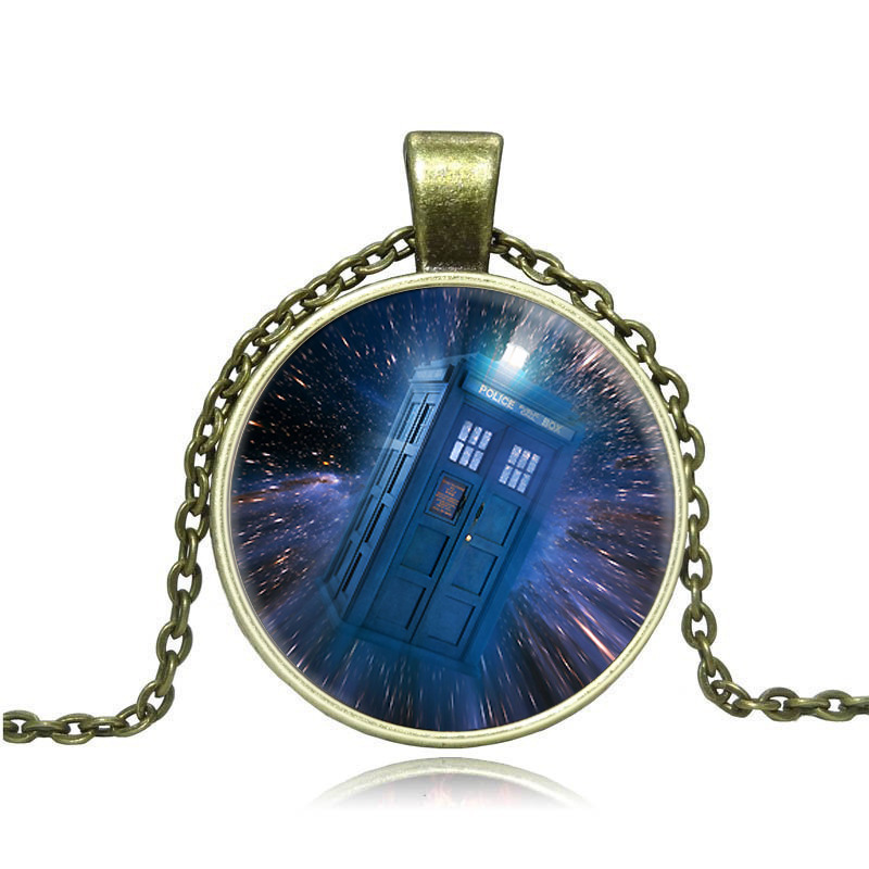 2PCS Trade jewelry factory direct doctor who calls police box time glass necklace Y006(China (Mainland))
