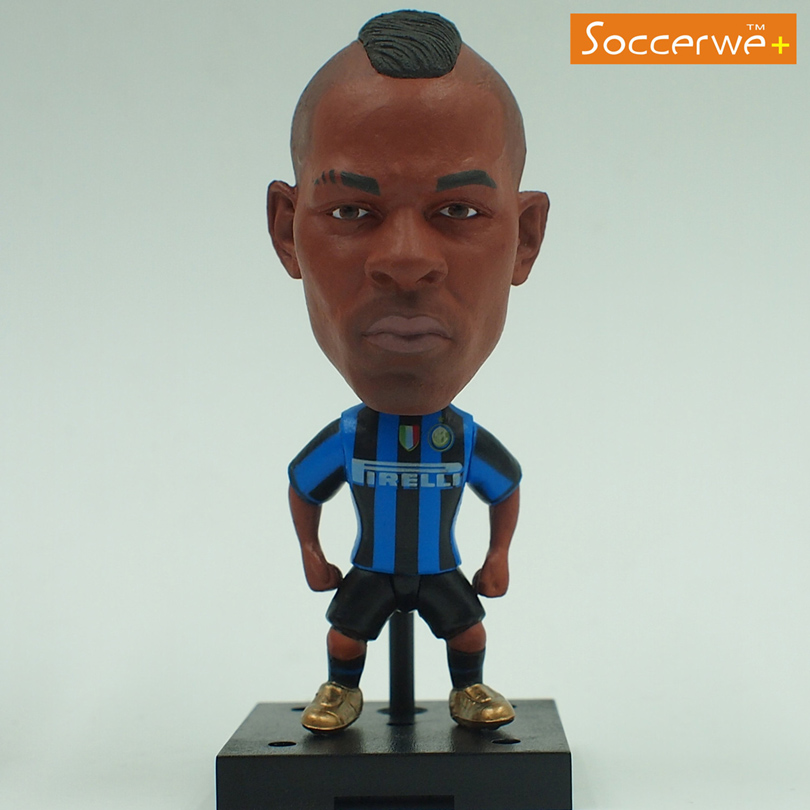 New KODOTO SoccerWe Inter IM Balotelli football soccer moving player star display collection dolls toys(China (Mainland))