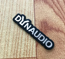 4X DYNAUDIO スピーカーアルミ 3D ステッカートランペットホーンサウンド文字のステッカー車のスタイリングフォルクスワーゲン VW CC ニュービートル(China)