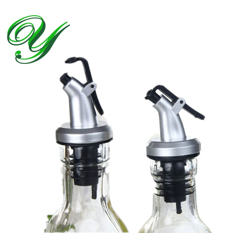 2019 Olive Oil Sprayer Liquor Dispenser Wine Cork Pourers