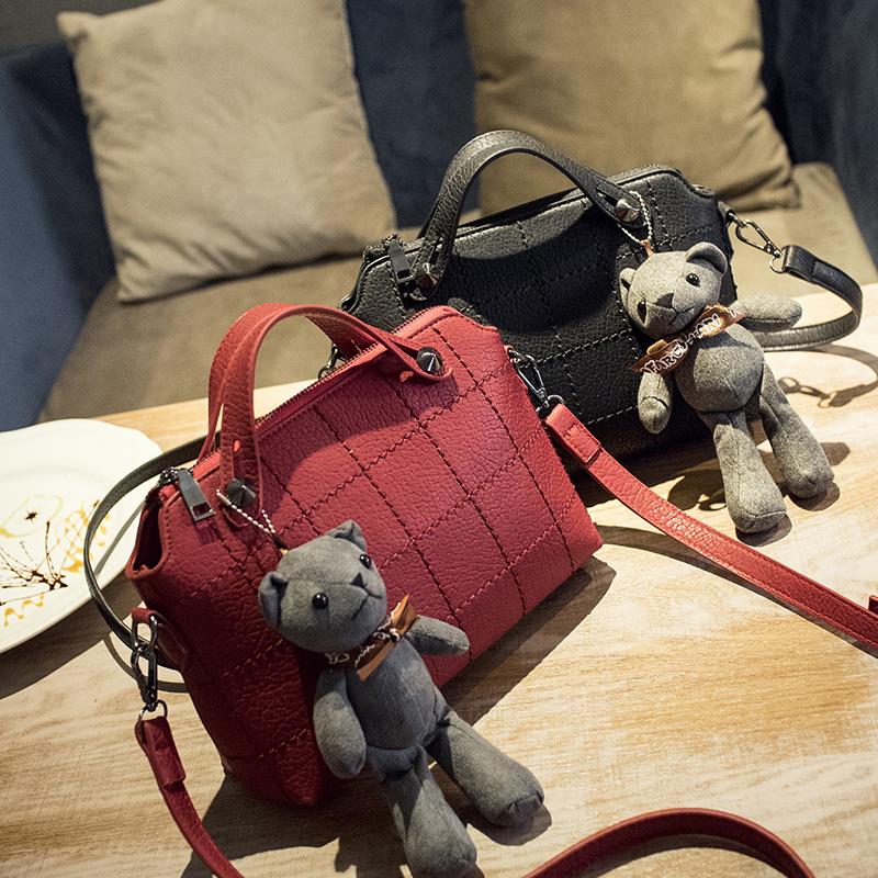 2016 spring and summer womens handbag fashion vintage handbag bear hangings messenger bag plaid bag<br><br>Aliexpress