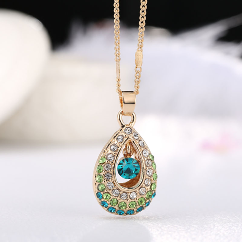 2016 New Fashion Accesories Pendant Necklace Peacocok Green Color Full Of colorfull Rhinestone For Women Jewelry(China (Mainland))