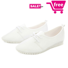 Promotion! woman Black/White Flats Cheap Ballet Flats Women Leather Shoes Women Sport shoes Loafers Moccasins Casual sneakers(China (Mainland))