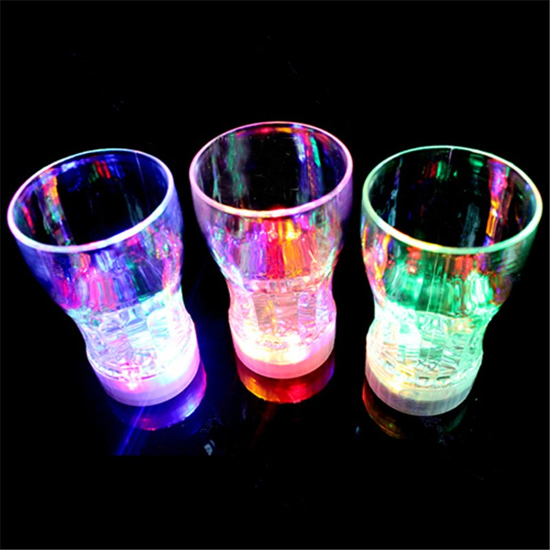 Beautiful Design 6 LED Colorful Flashing Beer Cocktail Water Juice Mug Drink Cup For Party Wedding Club Bars Decorate Light(China (Mainland))