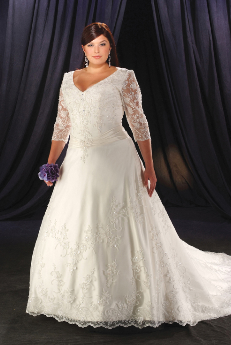 Plus Size Wedding Dresses 3 4 Sleeve : Tailored made white ivory v neckline embroidery chapel