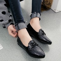 New Spring Women Shoes Casual Pointed Toe Plus Size 33-43 Ladies Flats Women Leather Doug Shoes