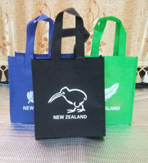 Wholesales reusable Environmental protection bags non woven shopping bags promotional Christmas Halloween bag New Zealand Israel(China (Mainland))