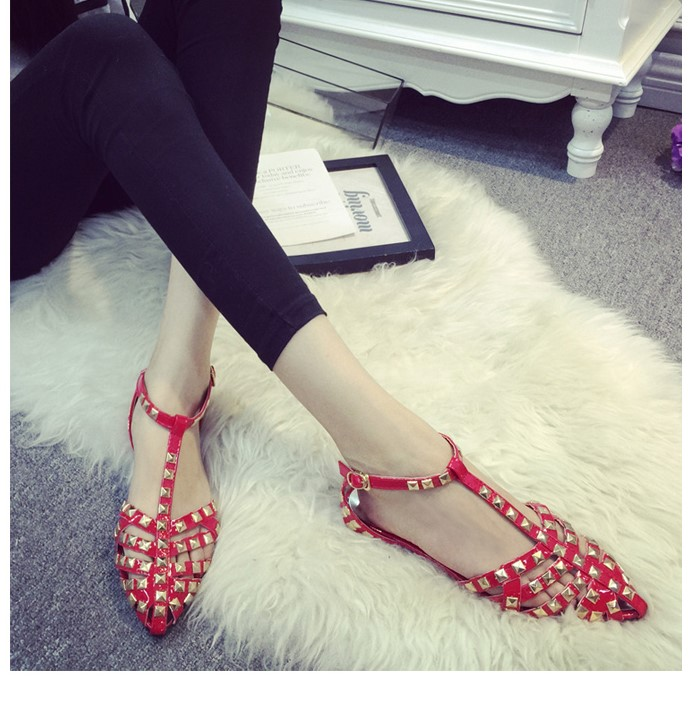 New rivet pointed toe women color block patent leather gladiator flats sexy stud women ballet flat shoes brand flats<br><br>Aliexpress