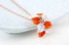 1PCS Free Shipping Genuine Austrian crystal Flower Pendant Necklace White Rose Gold Plated Jewelry for Women
