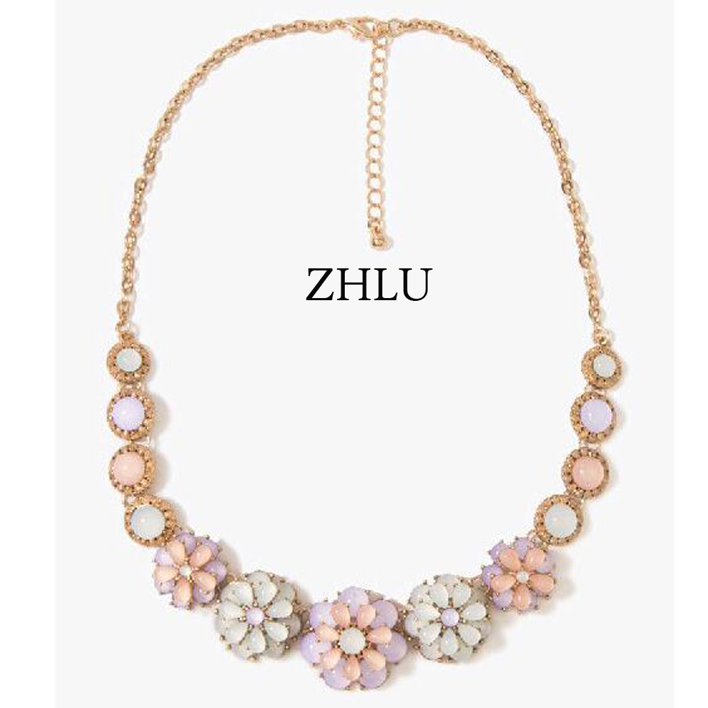 In early summer, a small clean and fresh, Moonlight cat's eye gem flower necklace chain clavicle han edition pop-Air(China (Mainland))
